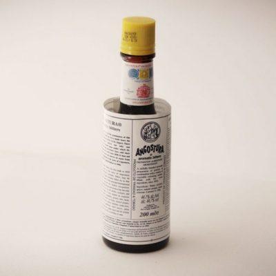 lexquisit-Angostura-Limon